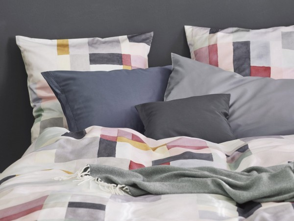 Noa Jersey Royal bed linen from Schlossberg