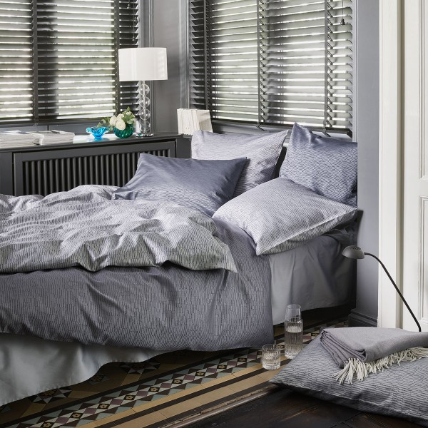Liam Gris Jacquard Deluxe bed linen from Schlossberg